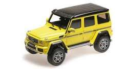 Mercedes Benz  - yellow - 1:18 - Almost Real - ALM820201 | The Diecast Company