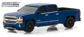 Chevrolet  - Silverado 1500 2018 deep ocean blue - 1:64 - GreenLight - gl29938 | The Diecast Company