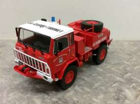 Iveco  - Unic 75PC red - 1:43 - Magazine Models - fire37 - magfire37 | The Diecast Company
