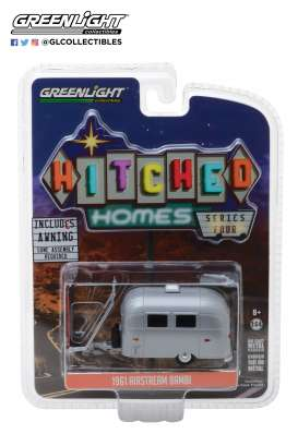 Airstream  - 16 Bambi red/white - 1:64 - GreenLight - 34040E - gl34040E | The Diecast Company