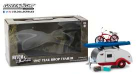 Teardrop Caravan  - silver/red - 1:24 - GreenLight - 18440A - gl18440A | The Diecast Company