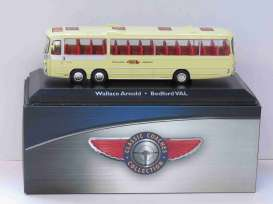 Bedford  - VAL light yellow - 1:72 - Magazine Models - BUS4642102 - magBUS4642102 | The Diecast Company