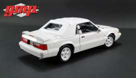 Ford  - Mustang LX Convertible 1993 white - 1:18 - GMP - 18824 - gmp18824 | The Diecast Company