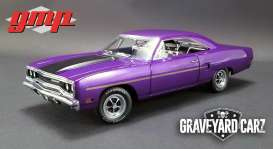 Plymouth  - Road Runner 1970 purple - 1:18 - GMP - gmp18897 | The Diecast Company