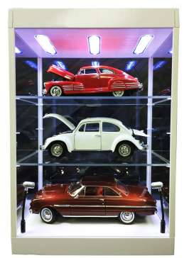 Accessoires diorama - 2017 transparant/white - 1:18 - Triple9 Collection - 69927w - T9-69927w | The Diecast Company