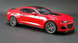Chevrolet  - Camaro ZL1 2017 red/black - 1:18 - Acme Diecast - US012 - GTUS012 | The Diecast Company