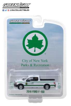 Ford  - F-150 pick-up 2016 white/green - 1:64 - GreenLight - 35100E - gl35100E | The Diecast Company
