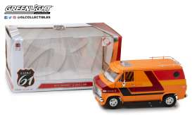 Chevrolet  - G-series Van 1976 orange /red/yellow - 1:18 - Highway 61 - 18012 - hwy18012 | The Diecast Company