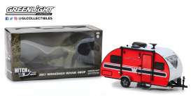 Winnebago  - Winnie Drop Trailer red/black - 1:24 - GreenLight - 18450B - gl18450B | The Diecast Company