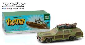 Ford  - Family Truckster Wagon Queen 1979 green/brown - 1:18 - GreenLight - 19048 - gl19048 | The Diecast Company