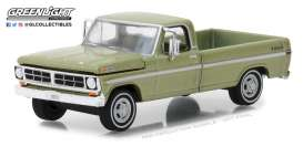 Ford  - F-100 1970 lime gold metallic - 1:64 - GreenLight - 29968 - gl29968 | The Diecast Company