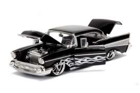 Chevrolet  - Bel Air 1957 black/silver - 1:24 - Jada Toys - jada99965bk | The Diecast Company