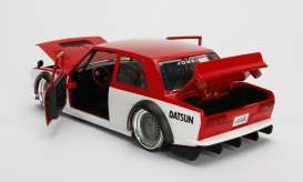 Datsun  - 510 1973 red/white - 1:24 - Jada Toys - jada99094r | The Diecast Company