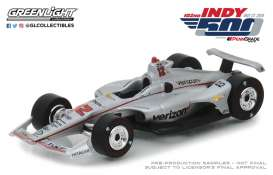 Chevrolet  - 2018 silver/red - 1:64 - GreenLight - 10825 - gl10825 | The Diecast Company
