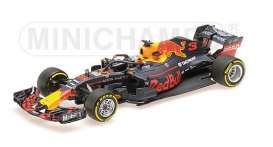 Red Bull Racing  Aston Martin - RB14 2018  - 1:43 - Minichamps - 417189003 - mc417189003 | The Diecast Company