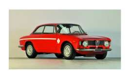 Alfa Romeo  - GTA 1300 1971 red - 1:18 - Minichamps - 155120020 - mc155120020 | The Diecast Company