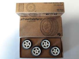 SB  - 1:24 - Streetblisters - sblis10001 | The Diecast Company