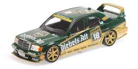 Mercedes Benz  - 190E 1992 green/gold - 1:18 - Minichamps - 155923618 - mc155923618 | The Diecast Company