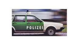 Volkswagen  - Passat 1980 white/green - 1:18 - Minichamps - mc155057091 | The Diecast Company