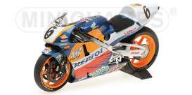 Honda  - 1995 blue/red/yellow - 1:12 - Minichamps - 122951006 - mc122951006 | The Diecast Company