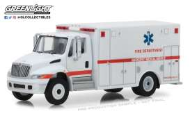 International  - Durastar 2013 white - 1:64 - GreenLight - 33140B - gl33140B | The Diecast Company