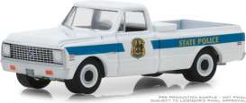 Chevrolet  - C10 1972 white/blue - 1:64 - GreenLight - 42860A - gl42860A | The Diecast Company