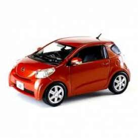 Toyota  - iQ 2009 orange - 1:43 - J Collection - 60005OR - jc60005OR | The Diecast Company