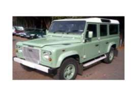 Land Rover  - Defender  pastel green - 1:18 - Universal Hobbies - UH3890 | The Diecast Company