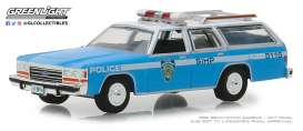 Ford  - LTD Crown 1988 blue/white - 1:64 - GreenLight - 42870C - gl42870C | The Diecast Company