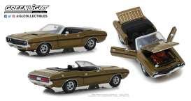 Dodge  - Challenger 1970 gold poly - 1:18 - GreenLight - 13527 - gl13527 | The Diecast Company