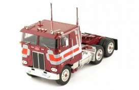 Peterbilt | 352 1979 1:43 | IXO Models | ixtr024 | The Diecast Company