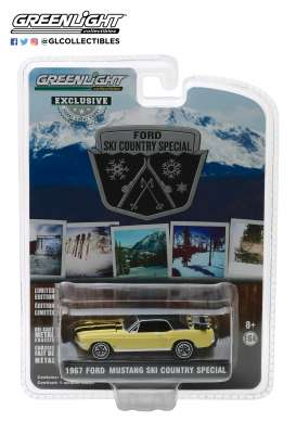 Ford  - Mustang 1967 breckenridge yellow - 1:64 - GreenLight - 30007 - gl30007 | The Diecast Company