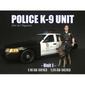 Figures  - K9 set 2018  - 1:24 - American Diorama - 38263 - AD38263 | The Diecast Company