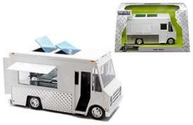 Foodtruck  - 2016 white - 1:24 - Jada Toys - 30211 - jada30211 | The Diecast Company