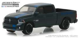 Ram  - 1500 Sport 2017 black/blue - 1:64 - GreenLight - 30013 - gl30013 | The Diecast Company