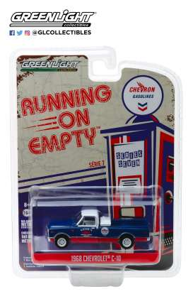 Chevrolet  - C-10 1968 blue/red - 1:64 - GreenLight - 41070C - gl41070C | The Diecast Company