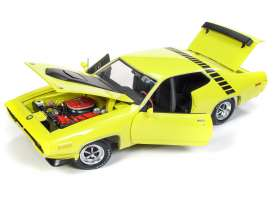 Plymouth  - Road Runner 1971 yellow/black - 1:18 - Auto World - AMM1158 - AMM1158 | The Diecast Company