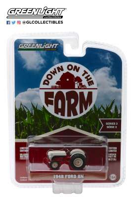 Ford  - 8N Tractor 1948 white/red - 1:64 - GreenLight - 48020A - gl48020A | The Diecast Company