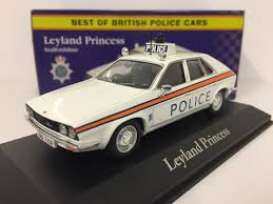 Leyland  - Princess white/red - 1:43 - Magazine Models - POLLeyland - MagPOLLeyland | The Diecast Company