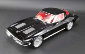 Chevrolet  - Corvette Split Window  1963 black on red - 1:12 - Acme Diecast - US010 - GTUS010 | The Diecast Company