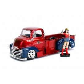 Chevrolet  - COE Pickup *Wonder Woman*  1952 red/blue - 1:24 - Jada Toys - 30453 - jada30453 | The Diecast Company