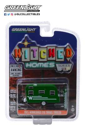Winnebago  - 1965 green/white - 1:64 - GreenLight - 34060D - gl34060D | The Diecast Company