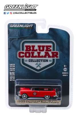 Chevrolet  - Sedan Delivery 1955 red/black - 1:64 - GreenLight - 35120A - gl35120A | The Diecast Company