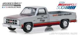 GMC  - Sierra 1981  - 1:64 - GreenLight - 30027 - gl30027 | The Diecast Company