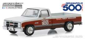GMC  - Sierra 1983  - 1:64 - GreenLight - 30028 - gl30028 | The Diecast Company