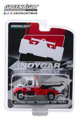 International  - Durastar 4400 2019 red/white - 1:64 - GreenLight - 30032 - gl30032 | The Diecast Company