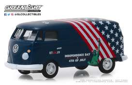 Volkswagen  - Type 2 Panel Van 2019 blue/white/red - 1:64 - GreenLight - 30044 - gl30044 | The Diecast Company