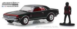 Chevrolet  - 1968 black/red - 1:64 - GreenLight - 97060C - gl97060C | The Diecast Company