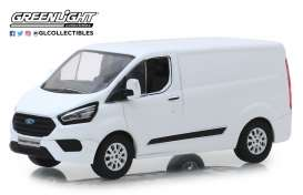Ford  - Transit Custom V362 MCA 2018 frozen white - 1:43 - GreenLight - 51275 - gl51275 | The Diecast Company