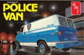 Chevrolet  - Police Van  - 1:25 - AMT - s1123 - amts1123 | The Diecast Company